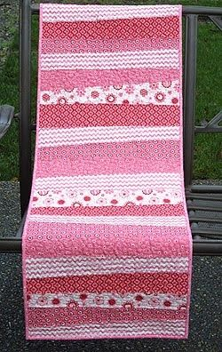 Table Runner Quilt K - this would be great for all those scraps of fabric I love!