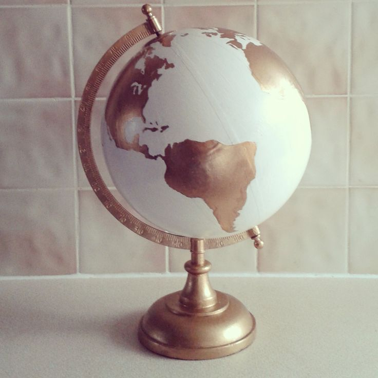 Hand Painted Globe Wedding guest book par WholeWorldOfLove sur Etsy