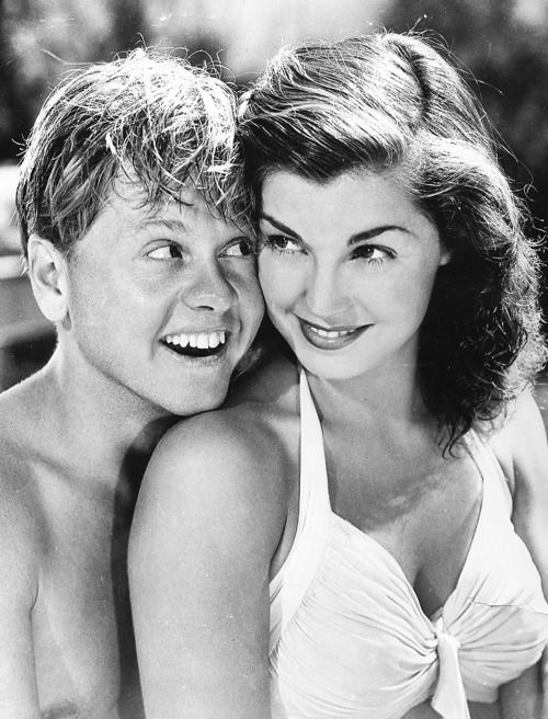 Mickey Rooney and Esther Williams in a promotional shot for Andy Hardy's Double Life (1942)