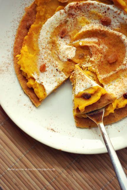 Moje Dietetyczne Fanaberie: Owsiany omlet z dyniowym musem