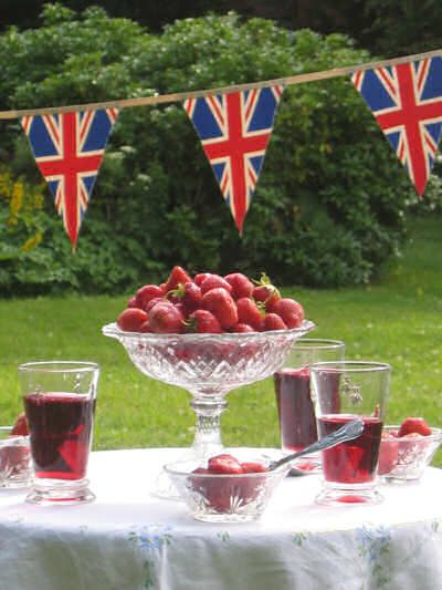 Jubilee garden party and Great British Bunting! So very English....except maybe that should be Pimms in the glasses (looks more like Sangria!)