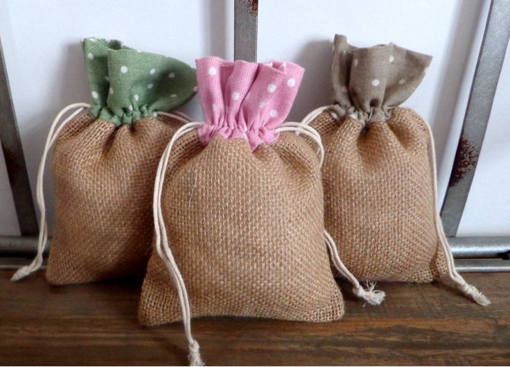 Polca Burlap bags for favours, bags for wedding favor, birthday favor, size 6,6 in *  4,6 in de Holaweddings en Etsy