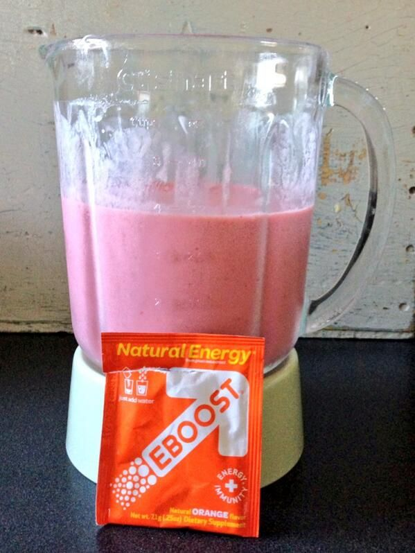 "#Triathlete Tony Demakis shares what's in his blender. What's in yours? ""The perfect pre swim breakfast. #EBOOST orange, strawberry, banana smoothie. #CrushMultisport #triathlon"""