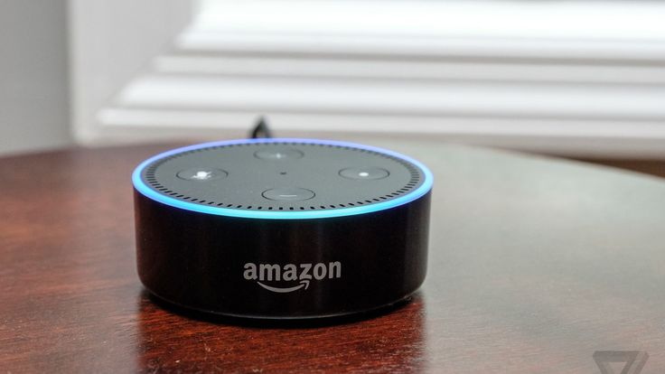 Microsoft and Amazon partner to integrate Alexa and Cortana digital assistants - The Verge