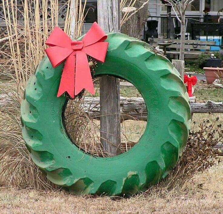 Christmas Wreath of a tractor tire