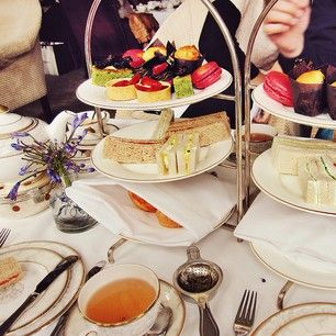 Afternoon Tea at the Shelbourne Hotel-The daddy of afternoon teas in Dublin, the Shelbourne has a class that's difficult to emulate. Couple this with a drink in the Horseshoe bar to see the more affluent side of the city. | 27 Things You Must Do In Dublin Before You Die