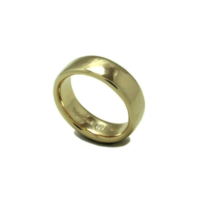 The Reflection Ring, custom made in 18ct gold, by Benjamin Black Goldsmiths.