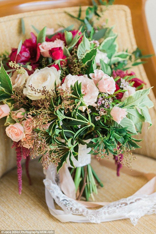 Audrina Patridge's bridal bouquet..
