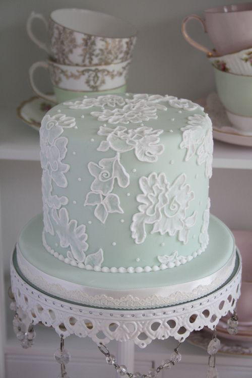 Pretty brush embroidery cake. Must learn how to do this!