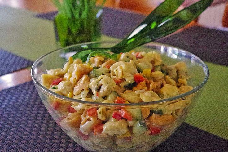 Tortellinisalat, ein schönes Rezept aus der Kategorie Gemüse. Bewertungen: 111. Durchschnitt: Ø 4,3.