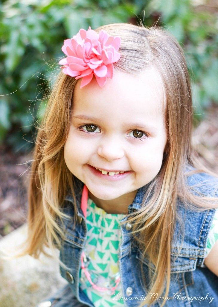 3 Year Old Girl Photography Outdoor Pose Girl Photography Photography Outdoor Photography