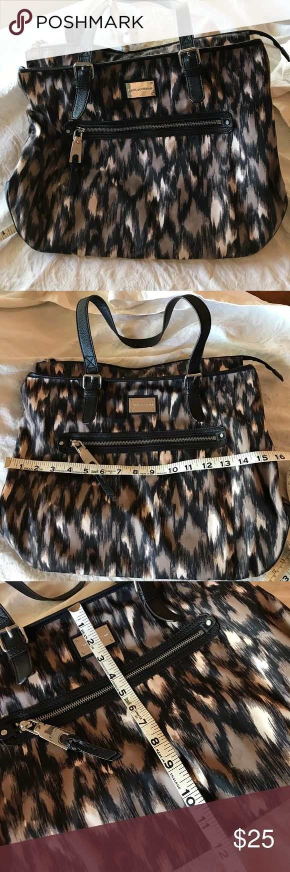 Dana Buchanan shoulder bag Like new, used only a few times. Nylon and leather, a great neutral and lightweight so you can load it up! The inside is a bronze color so you an actually find stuff. Dana Buchman Bags Shoulder Bags