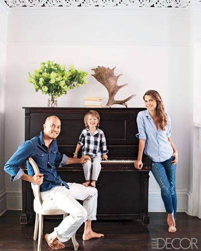 Keri Russell and Shane Deary: Keri Russell's Home  Actress Keri Russell and her husband, Shane Deary, with their son, River, at their home in Brooklyn, New York.