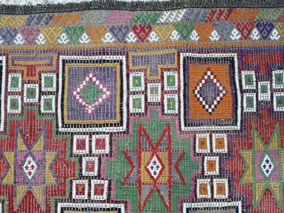 Muted Color Joyful Rug for Home Decor Vintage Nomadic Tribal