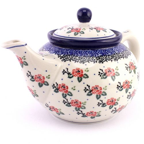 Polish pottery - teapot with red roses. I am in love with all those romantic decorations!