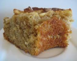 Diyet yapanlar için nefis, düşük kalorili bir kek Yağsız Elmalı Kek...http://www.mutfaknotlari.com/yagsiz-elmali-kek-tarifi.html