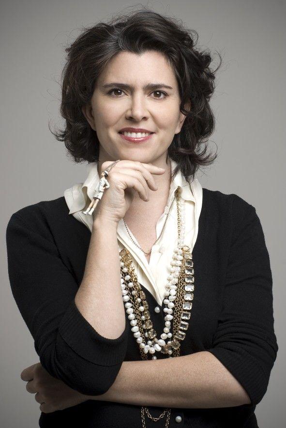 30-Maria Luisa Ortiz  Se presento en 1996 en Colombiamoda con una colección que hizo para Tejicondor.