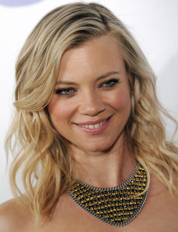 Amy Smart     MAMA MIA!!!!!! - - Lily hair book one