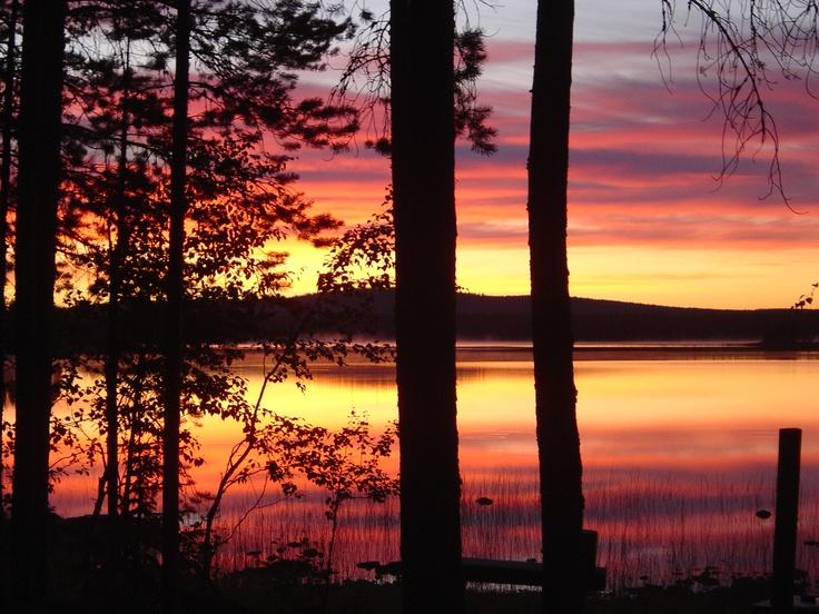 Midnight sun in Misi, #Lapland.