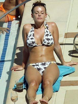 Sexy young big butt women tube
