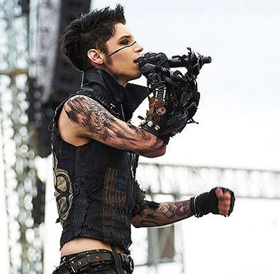 <3 ~ <3 ~ <3 ~ <3 ~ <3 ~ <3 ~ <3 ~ <3 ~  ANDY SIXX <3 ~ <3 ~ <3 ~ <3 ~ <3 ~ <3 ~  Click the picture of Andy and check out some more Boys In Makeup <3 Black Veil Brides - Andy Sixx - Andy biersack - Emo - Boys -Makeup - men - bands - music - hot - scene - black -