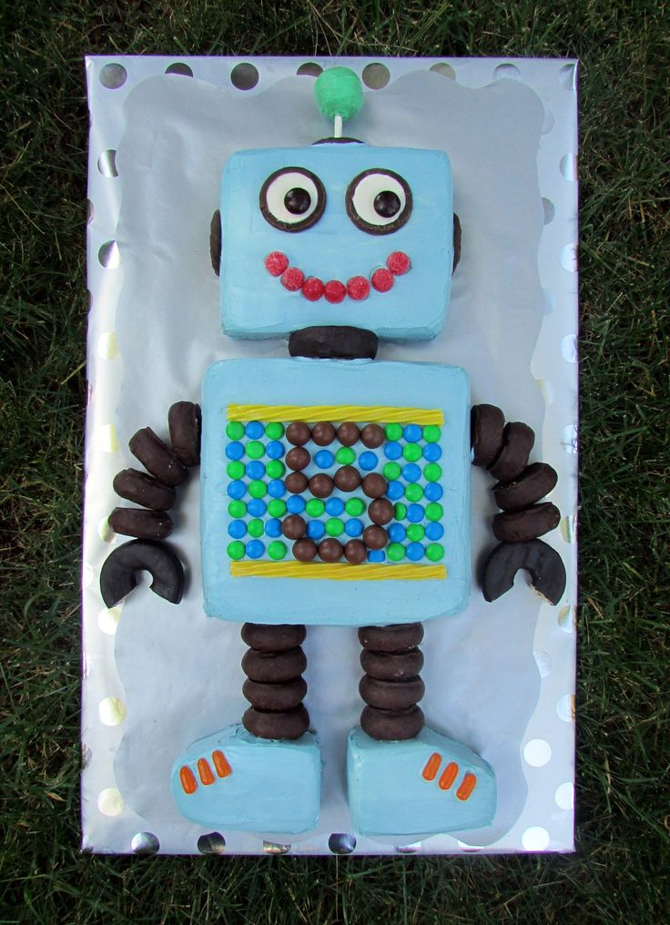 Robot Cake - Full View                                                                                                                                                      More