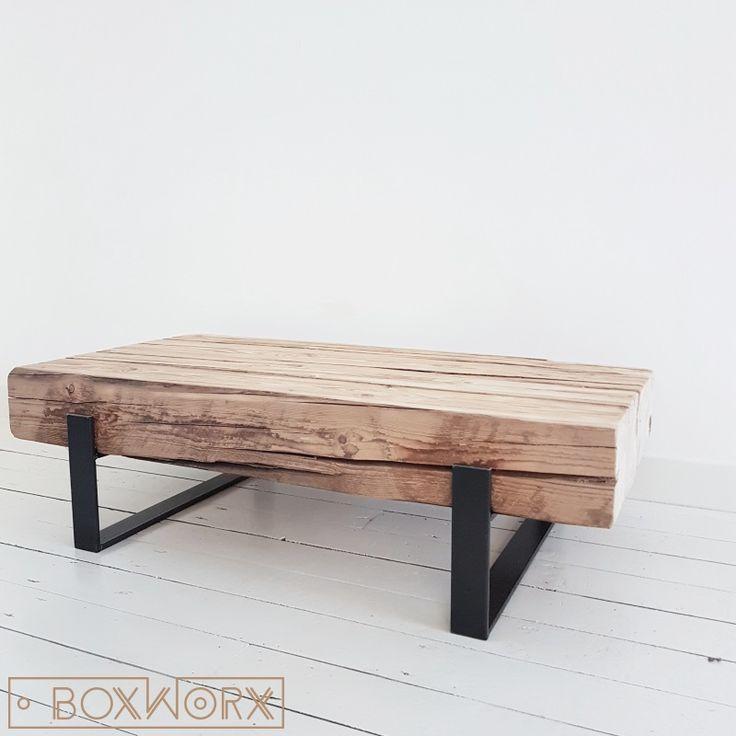 25 beste idee n over houten salontafels op pinterest pallet salontafels rustieke bank en - Wat op een salontafel ...