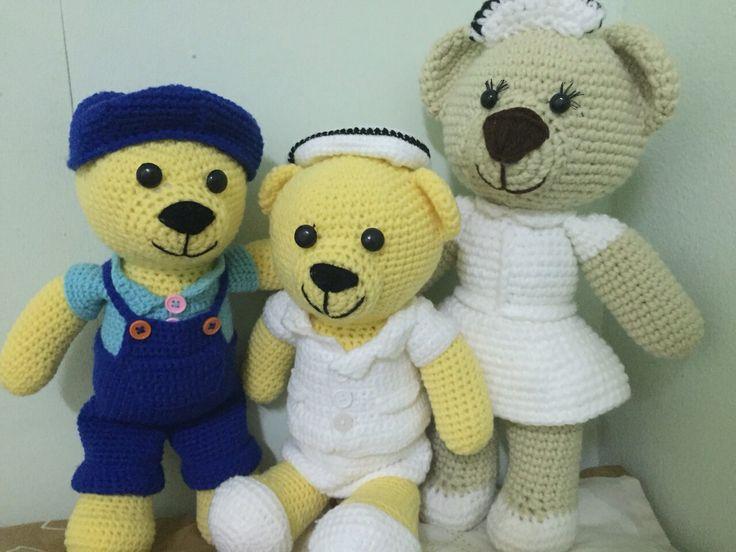 ตุกตาพยาบาล แบบนั่งและยืนกับน้องหมีใส่เอี๊ยม