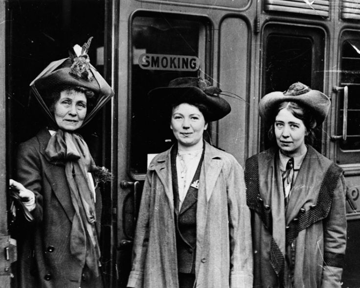 Christabel Pankhurst (centre) and her mother Emmeline (left) founded the Women's Social and Political Union in Manchester, 1903.