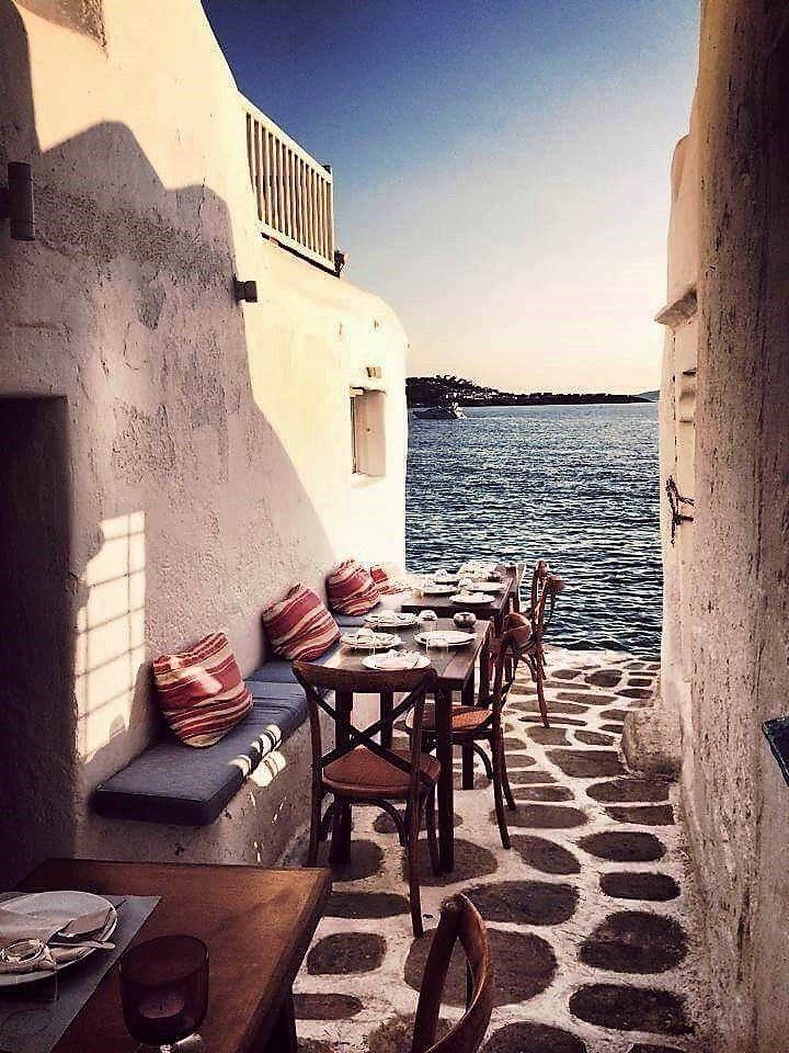 Kastro Bar:The Sunset Spot for everyone