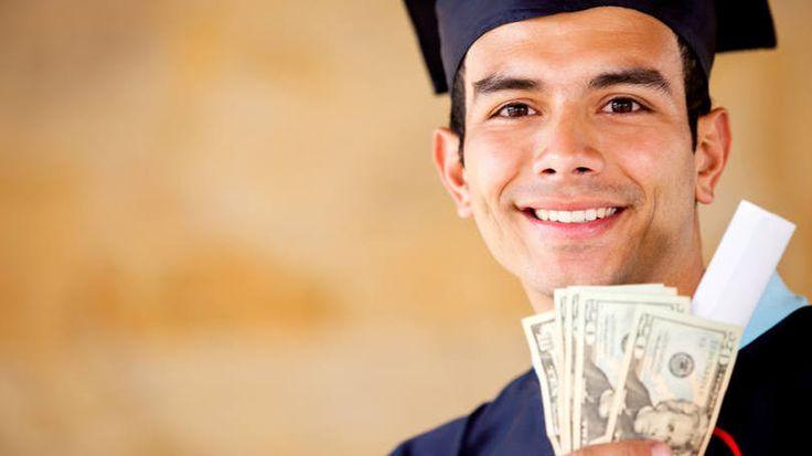 Seguro paga mensalidades para estudante desempregado