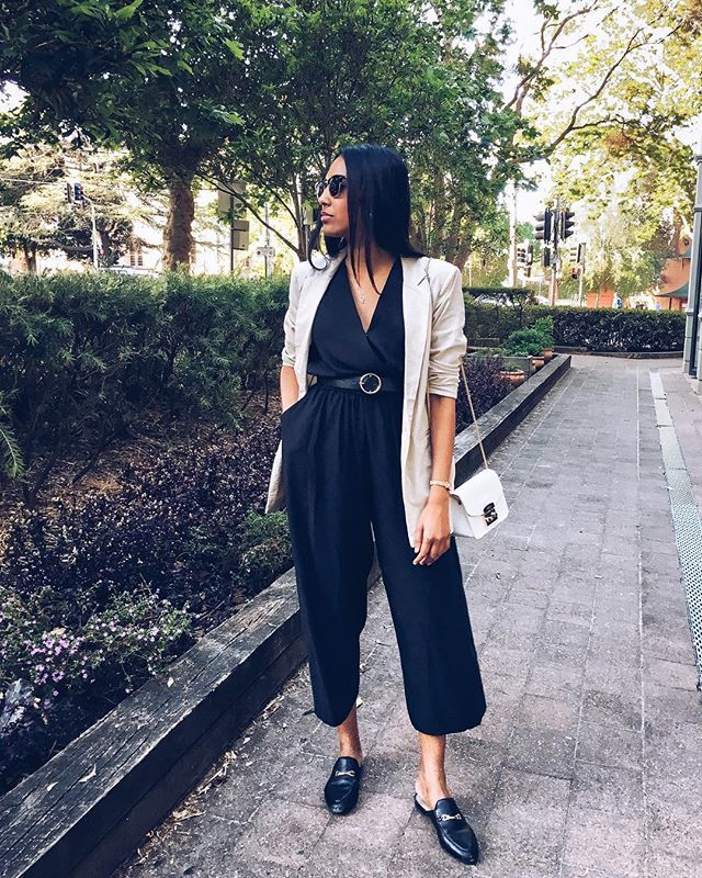 So, today was fun! Attended the @kmartaus Spring/Summer fashion launch and of course I wore #kmart  SO KEEN for the complete range to hit stores on October 26th, but I've popped some pieces on Instastories till then  Wearing $25 jumpsuit via @kmartaus (swapped the tie belt to this one, size 10), teamed with @Glassons blazer and @witcheryfashion mules  Happy hump day indeed  #kmartstyling #kmartstyle #glassons #OOTD