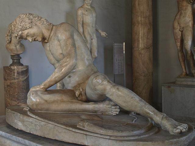 Gálata moribundo    Copia dun orixinal grego do s.III a.C.  Museos Capitolinos