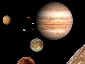 Dünyanın Şu Andaki Yörüngede Seyretmesine, Jüpiter Gezegeni Yardımcıdır.
