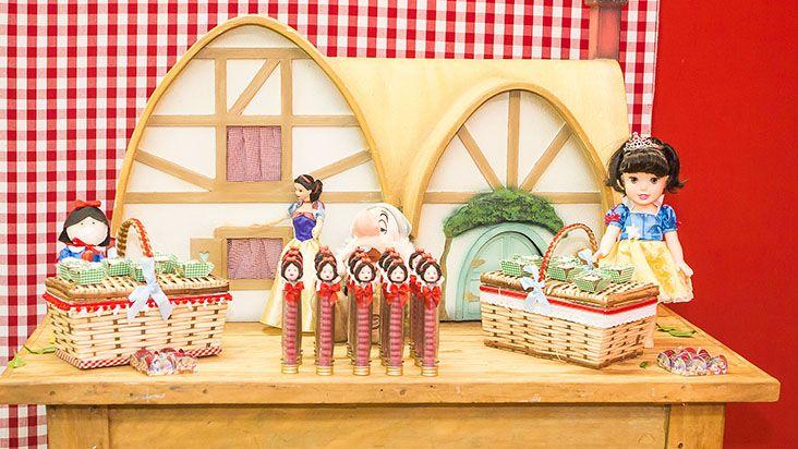 Branca de Neve: festa criativa inspirada na princesa | Disney Babble Brasil