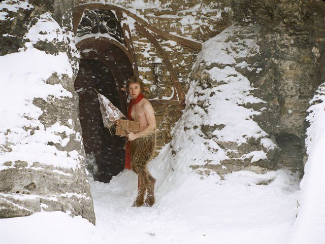 Still of James McAvoy as Mr. Tumnus in The Chronicles of Narnia: The Lion, the Witch and the Wardrobe