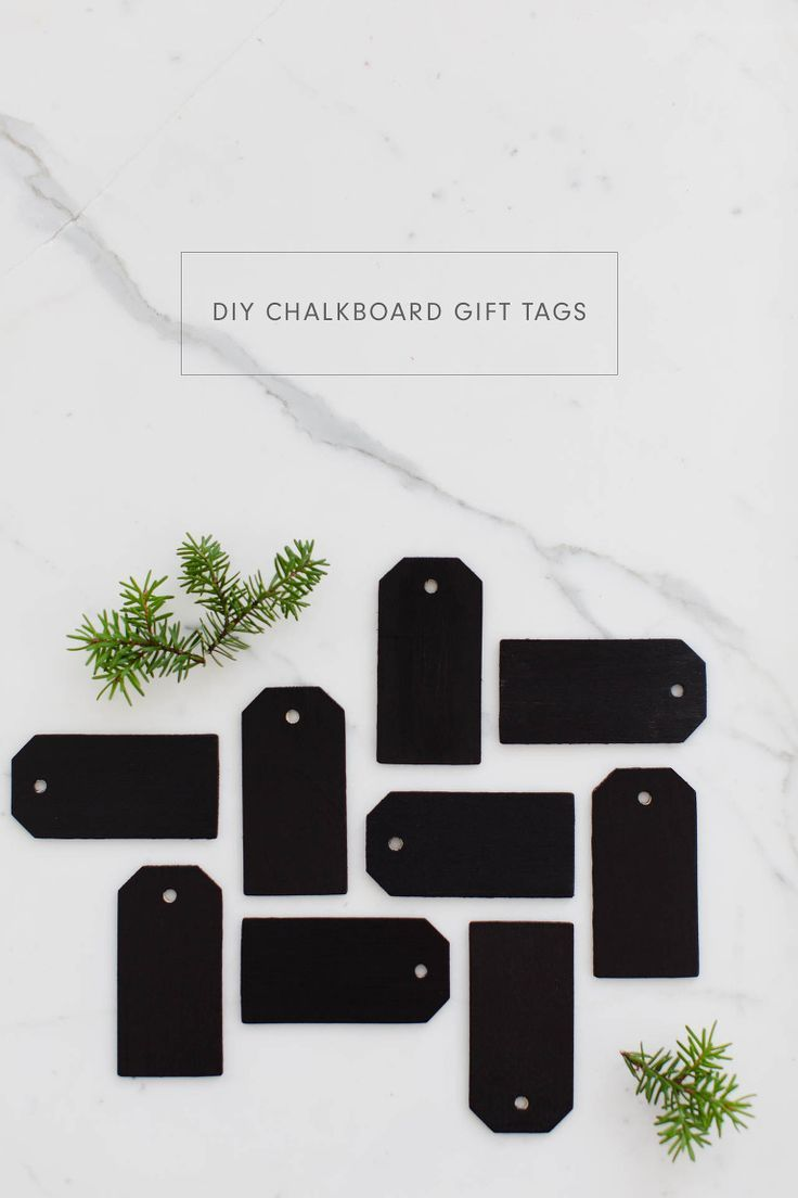 DIY Gift Wrapping Ideas     Super easy DIY Chalkboard Gift Tags