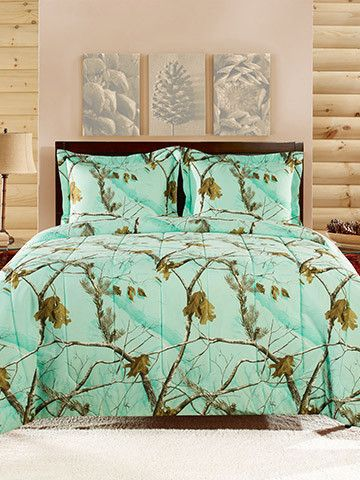 Stay cozy under this soft RealTree mint camo pattern comforter set as fall rounds the corner. This beautiful mini camo comforter set includes 1 camo comforter,