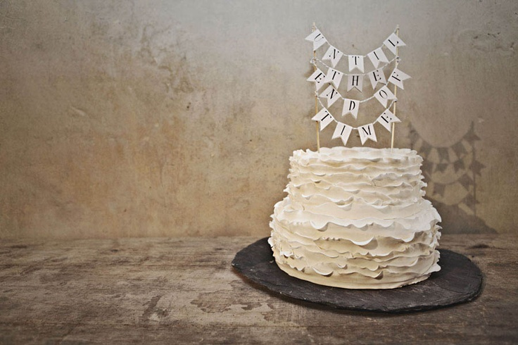 Totally doing this.  SOOOO cute!: Cakes Ideas, Vanilla Cake, Simple Cakes, Cakes Shots, Cakes Toppers, Ruffles Cakes, Cute Cakes, Wedding Cakes, Cakes Design
