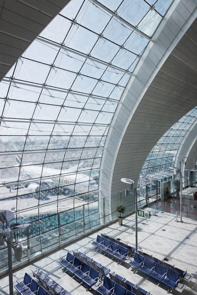 Lotnisko, Dubaj, Armstrong, sufity podwieszane, sufit akustyczny, ceiling, acoustic