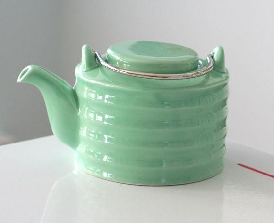 Art Deco Green Teapot. From jaditekate: