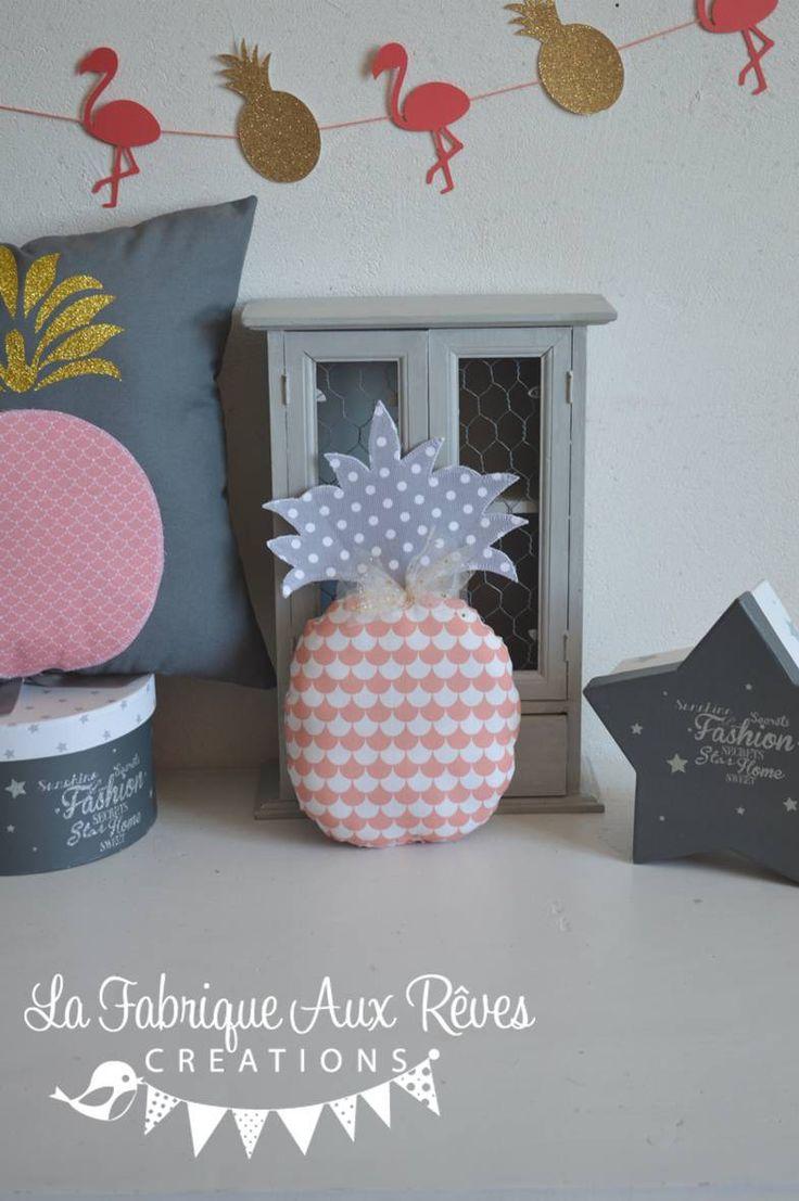 coussin forme ananas corail gris et doré - thème tropical : Accessoires de maison par la-fabrique-a-reves