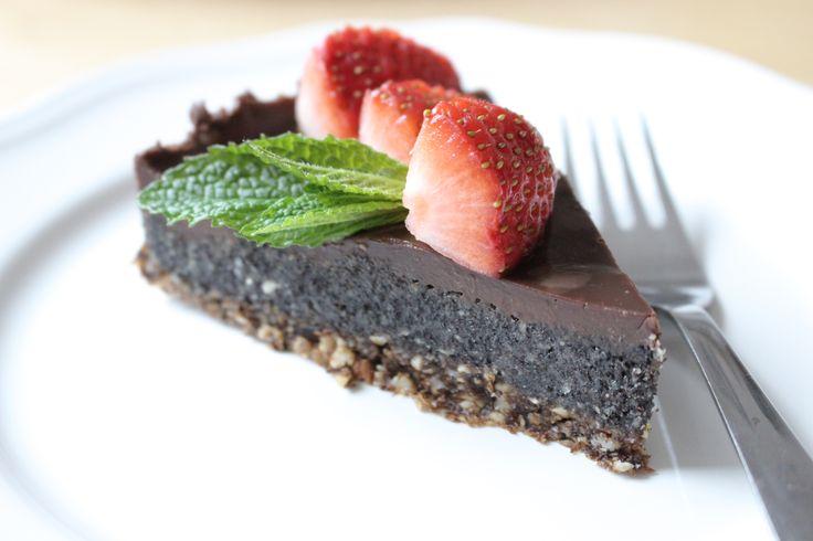 Makový raw koláčik