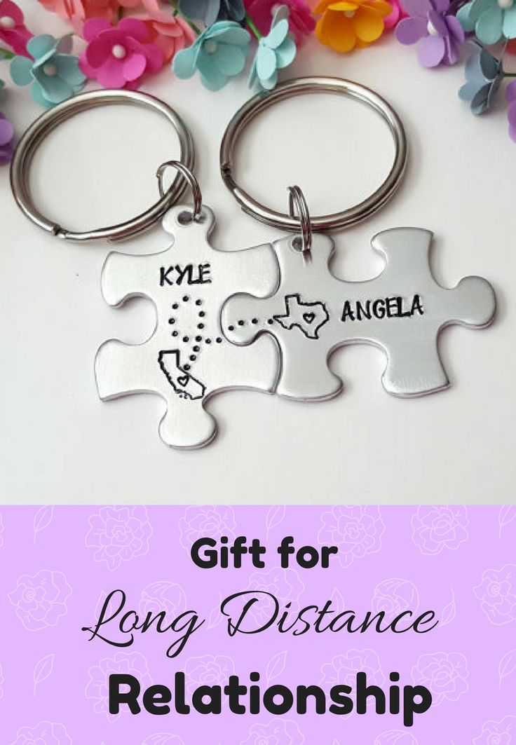 I LOVE THIS! Couple keychain for long distance relationship. This set of TWO keychains is stamped with 2 States/Locations. Long Distance Boyfriend Gift, Anniversary Gifts for Boyfriend, Going Away Gift, Goodbye Gift, Christmas Gift for Boyfriend, State Keychains #ad