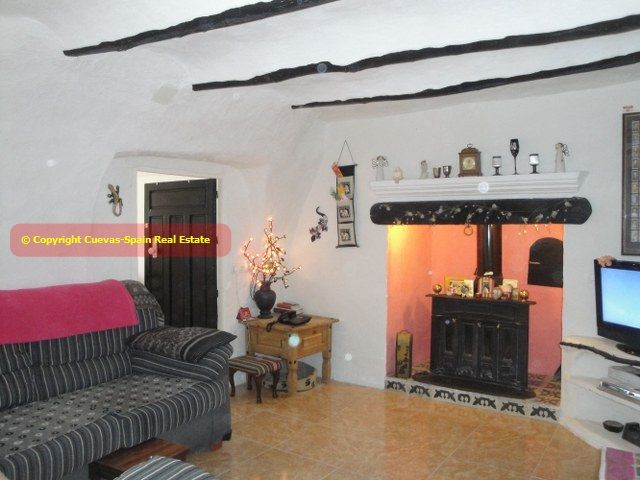 Cuevas-Spain.com Real Estate Andalucia España