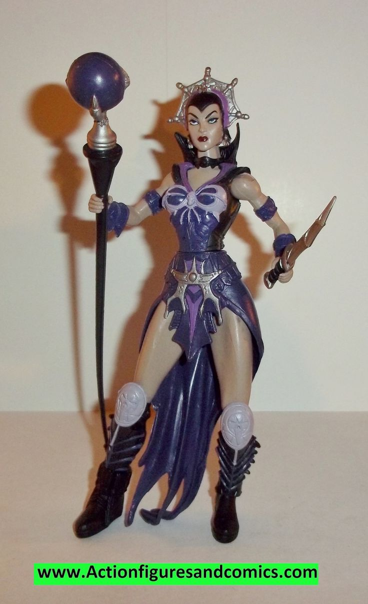 Mattel MASTERS of the UNIVERSE 2002 200x series: designed by the Four hoursmen 2002 EVIL LYN 100% COMPLETE Condition: Excellent Figure size: approx. 6 inch --------------------------------------------