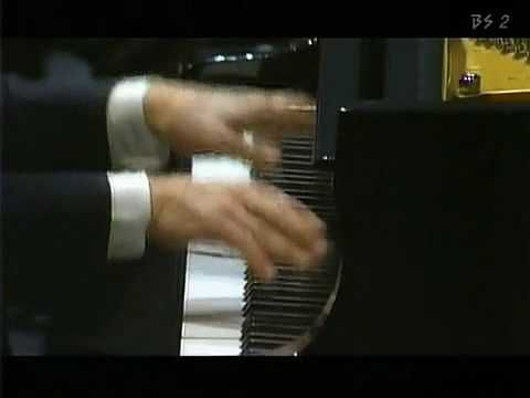 Béla Bartók: Piano Concerto No.2/1 - YouTube