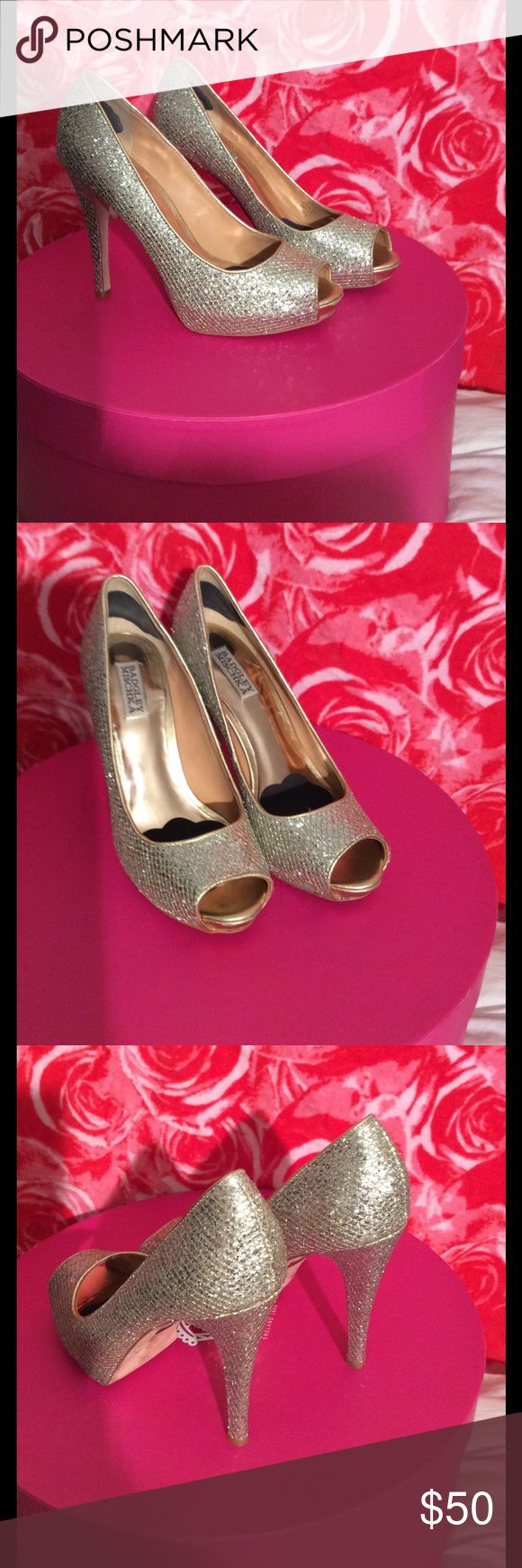 Gold stilettos Gorgeous, glittery, sparkly, formal or party heels! Badgley Mischka Shoes Heels