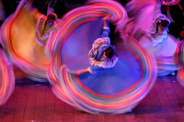"""La Pollera Colorá .                                """"La cumbia es un regalo de Colombia para el mundo y llegó para quedarse. Por eso es importante recordarle al mundo su origen y la diversidad de un pueblo que ella representa. La Cumbia narra nuestras historias, nuestras tristezas y nuestras alegrías y la palabra cumbiamba significa estar dentro de la Cumbia"""", Carlos Vives."""
