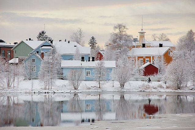 Pikisaari Island, Oulu, Finland Winter and frozen lake